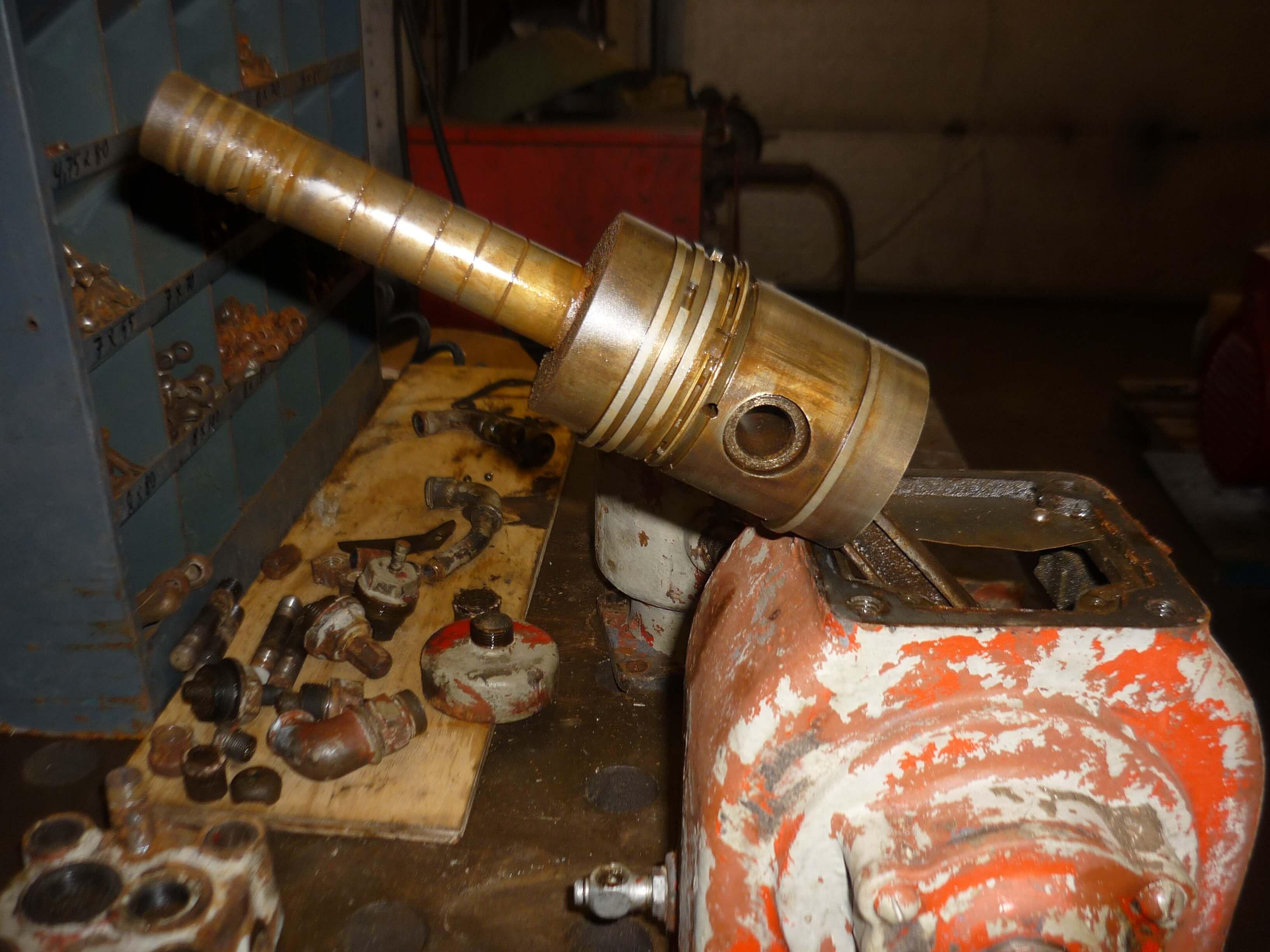 Top Startluft kompressor til Bukh 5288 - Dansk Motor- og Maskinsamling IL88